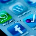 ¿Cómo enviar fotos de WhatsApp a nuestros contactos de Facebook Messenger?